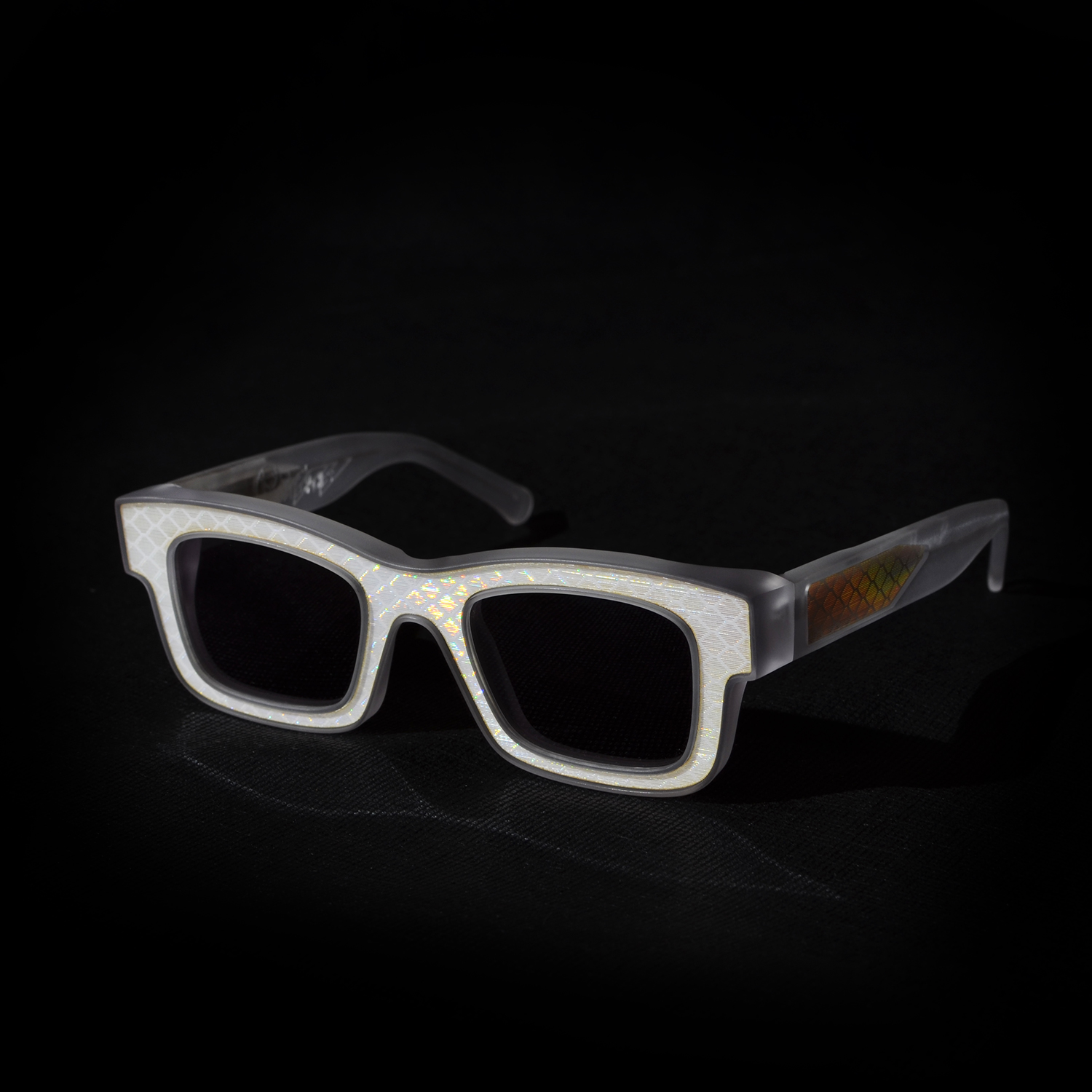 Reflectacles Ghost – Reflective glasses that obscure your face from surveillance and facial recognition