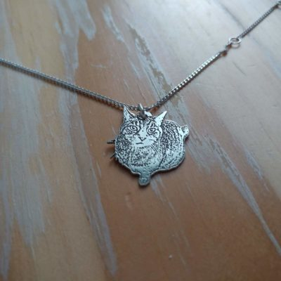 A Freeform Necklace based off of a photo of your pet. 👍 Newer Version!