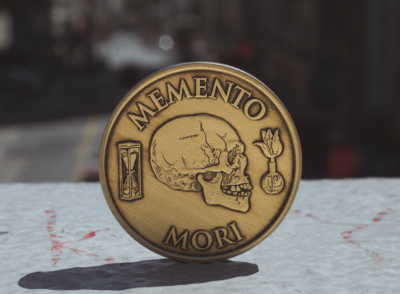 Memento Mori coin from Daily Stoic – a reminder to live life now