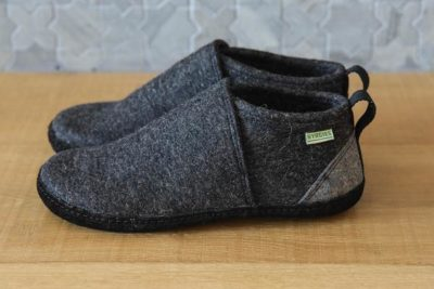Tengries, a new style of wool slipper