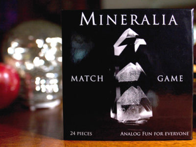 A Mineral-Matching Concentration Game, a basic matching or go-fish game featuring up-close macro-photography of compelling, mostly tiny, natural-crystal subjects.